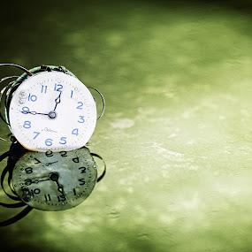 SEVANI by Donatas Zasciurinskas - Artistic Objects Other Objects ( clock, dz, reflect )
