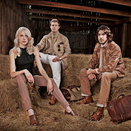 Coachman Clothiers & Kristi Fashions by Joshua Winstead - People Fashion ( blonde, fashion, kristi, lisa van atta, platinum, fall, coachman clothiers )