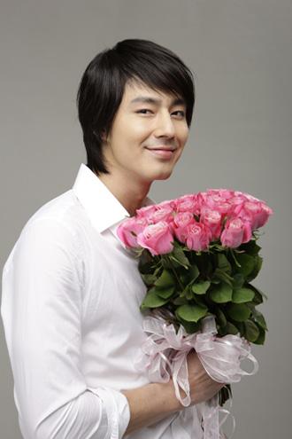 Pics Pics Pics - Page 4 Jo_In_Sung080621003