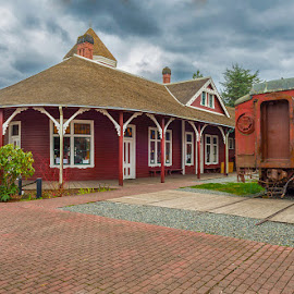 Snoqualmie Depot and train by George Herbert - Buildings & Architecture Other Exteriors