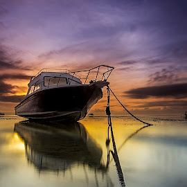 Serenade of the ocean by Ade Irgha - Transportation Boats ( explore bali, airimagebali.com, sanur, sunrise, boat )