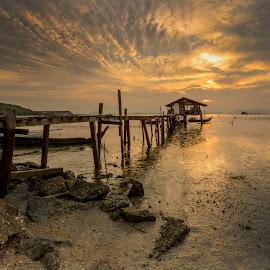 Jelutong Jetty III by DrPyan Mohd Nor - Landscapes Sunsets & Sunrises ( farhan fuad yusoff, rizal zawawi, genx chek, misteri prime, zainy zinie,  )
