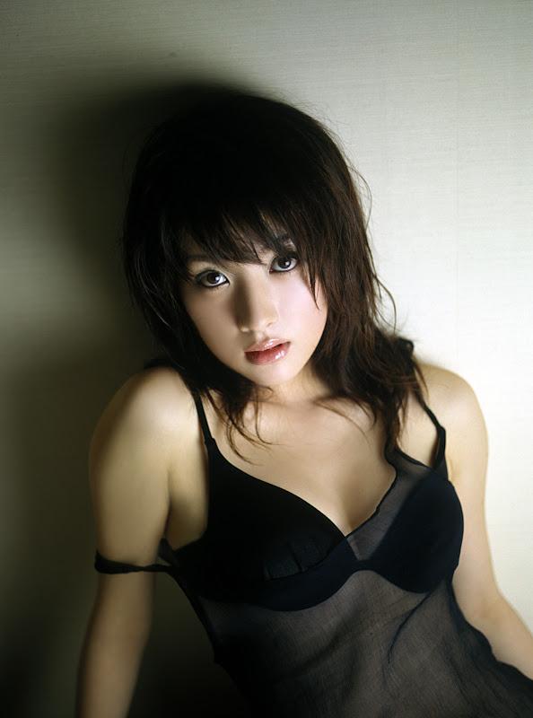 http://lh4.ggpht.com/mrshenjd/R3Yqi1mayyI/AAAAAAAABEY/qzl4If2dWzw/s800/LaiHuZaoFei_Special_Feature_0057.jpg