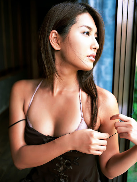 Japanese Famous and Beautiful Model of Haruna Yabuki