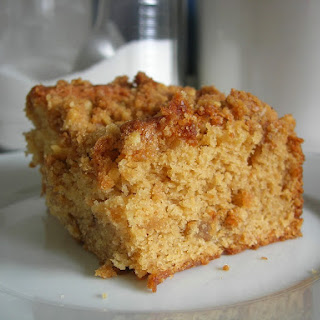 Maple-Walnut Crumb Cake