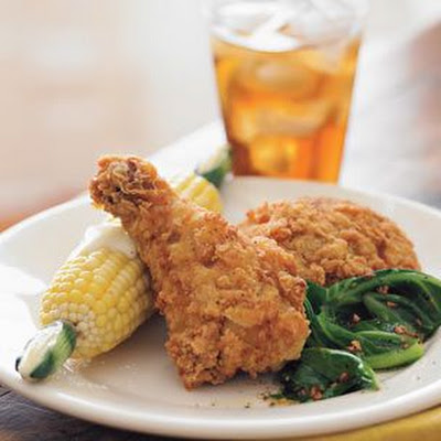Southern Fried Chicken with Corn on the Cob