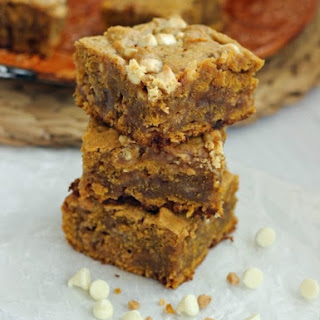 White Chocolate Chip Pumpkin Toffee Blondies