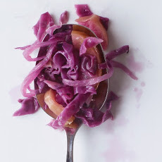 Braised Red Cabbage with Apple and Onion