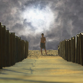 PRAIA DA CALADA by Guilherme  Junior - Landscapes Cloud Formations ( cloud formations, beach, landscape, people )