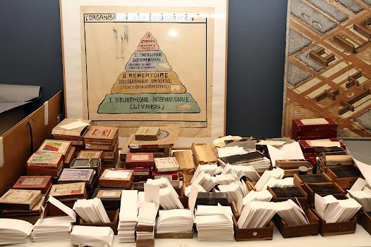 Van oude kranten tot glasplaten: alle documenttypes worden in het Mundaneum bewaard. Het papieren geheugen van de 20ste eeuw.