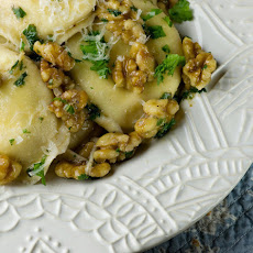 Cheese Ravioli with Toasted Walnuts