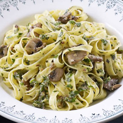 Roasted Chestnut & Herb Pesto Pasta With Mushrooms