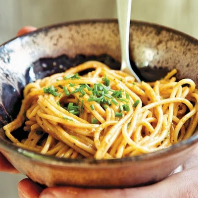 Flying Sea Urchin Pasta with Fish Roe and Chives from 'The Catch'