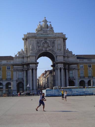 Tue May 29 08:34:50 2007 LisbonAndSintra