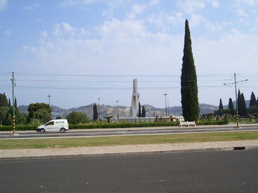 Mon Jul 11 18:50:55 2005 LisbonAndSintra