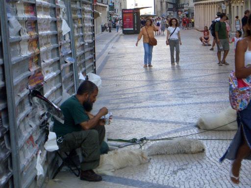 Sat Jul  9 20:34:47 2005 LisbonAndSintra