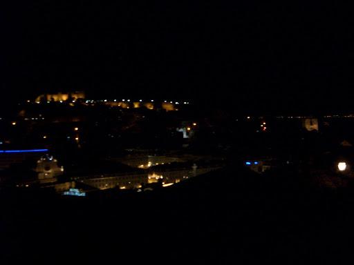 Mon Jul 11 22:58:21 2005 LisbonAndSintra