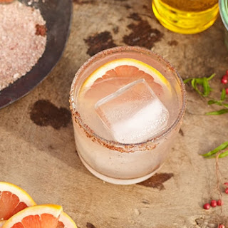 Paloma with Pink Peppercorn Salt