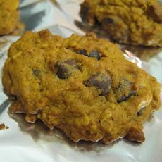 Soft Pumpkin Oatmeal Cookies