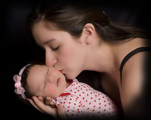 Angel Kiss by Pablo Barilari - People Family ( angel, kiss, mom and 'kid', baby, baby photography, mom with kids )