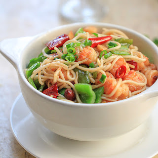 Easy Shrimp Chow Mein