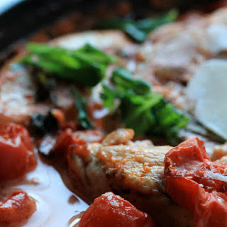 Baked Chicken with Creamy Tomato and Basil Sauce