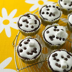 Chocolate Marshmallow Madness Cupcakes