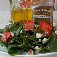 Perfect Spinachberry Salad
