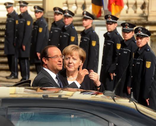 Angela Merkel und Francois Hollande in Ludwigsburg 2012.