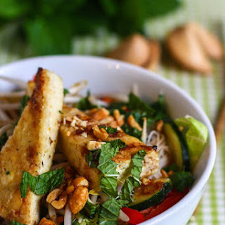 Rice Noodle Bowls with Crispy Tofu
