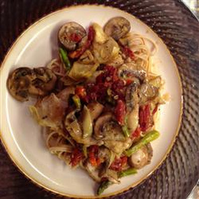 Pasta with Tuna, Sun-Dried Tomatoes, Artichoke Hearts, Lemon, and White Wine