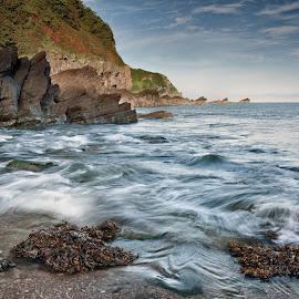 bay watch by Alan Ranger - Landscapes Waterscapes ( algenon, sony, sony a900, devon, www.alanranger.com, seascape, alan ranger photography, alan ranger, carl zeiss vario-sonnar t* 24-70mm f2.8 za ssm )