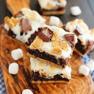 Ooey Gooey S'mores Brownie Bars