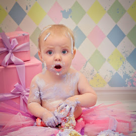 Cake Smash Candid With Miss Maddison  by Ann Milham - Babies & Children Children Candids
