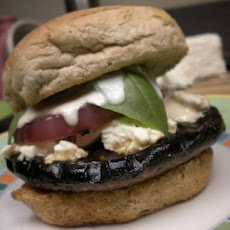 Cheesy Portobello Burger With Lemon Mayo