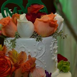 Wedding Cake by Lorraine D.  Heaney - Wedding Details (  )