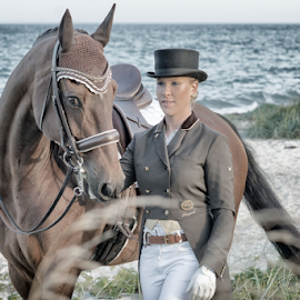 Equipage by Erik Kunddahl - Sports & Fitness Other Sports ( equine, dressage, horse, ridingsport, nikon, portrait )