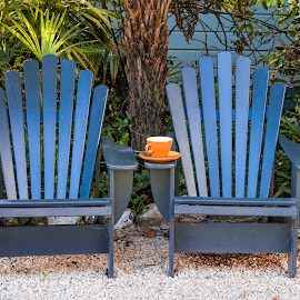 blue seats by Vibeke Friis - Artistic Objects Furniture ( chairs, blue, garden seats, coffee cup, orange cup )