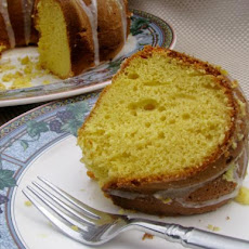 Lemon Supreme Pound Cake
