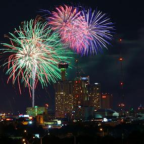 San Antonio Fireworks by Phil Olson - Public Holidays July 4th ( san antonio, fireworks, july, long exposure, downtown,  )