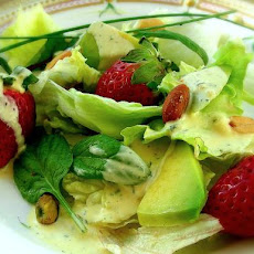 Turkey/Chicken Mixed Greens Salad With Kiwi and Strawberries in
