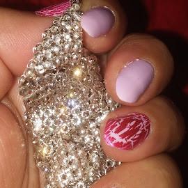 shine like a diamond.  by Noele Hachach - Artistic Objects Jewelry ( diamonds, fingers, earings,  )