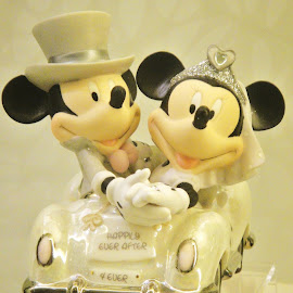 Wedding Toy by Koh Chip Whye - Artistic Objects Toys (  )