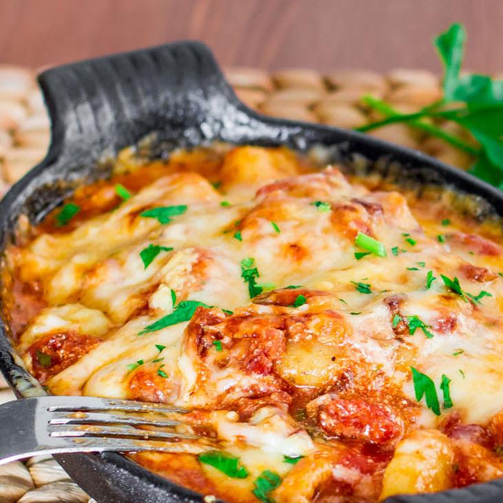 Gnocchi with Bacon, Tomato Sauce and Mozzarella Recipe | Yummly