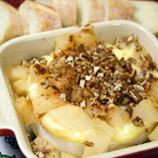 Baked Brie With Pear Topping
