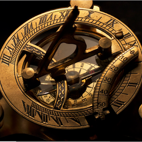 Sun Dial  Compass by Joe Saladino - Artistic Objects Antiques ( sundial, time, direction, mariner, instrument, compass, , object )