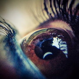 by Kevin Spagnolo - Instagram & Mobile iPhone ( eye, macro, occhio )