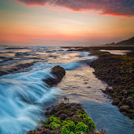 low tide slpash by Budi Astawa - Landscapes Beaches ( yeh leh, pekutatan, jembrana )