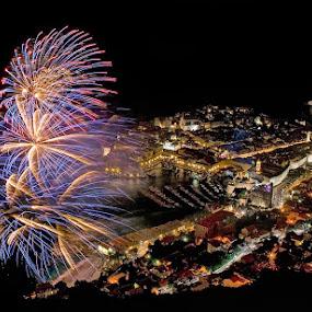 by Boris Buric - Abstract Fire & Fireworks ( Lighting, moods, mood lighting,  )