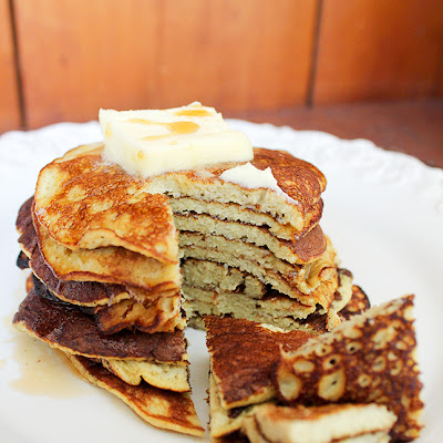 Two-Ingredient Banana Pancakes